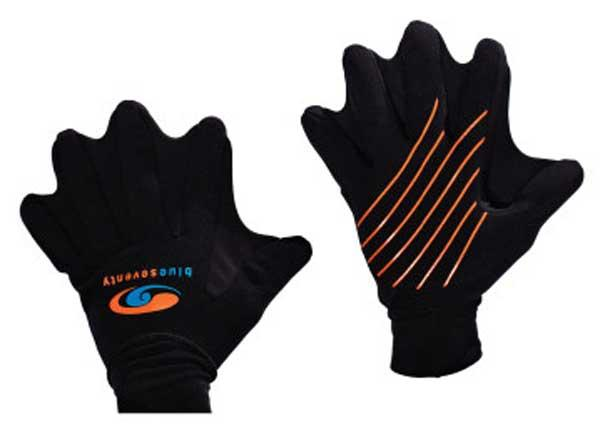 Gloves Blueseventy Swim Gloves Black for 21€